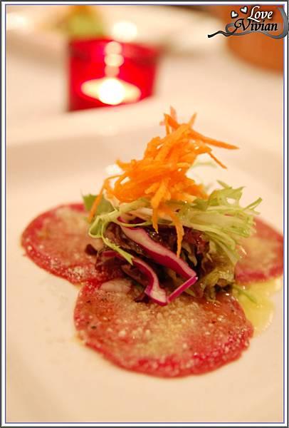 前菜&沙拉:檸檬薄片生牛肉