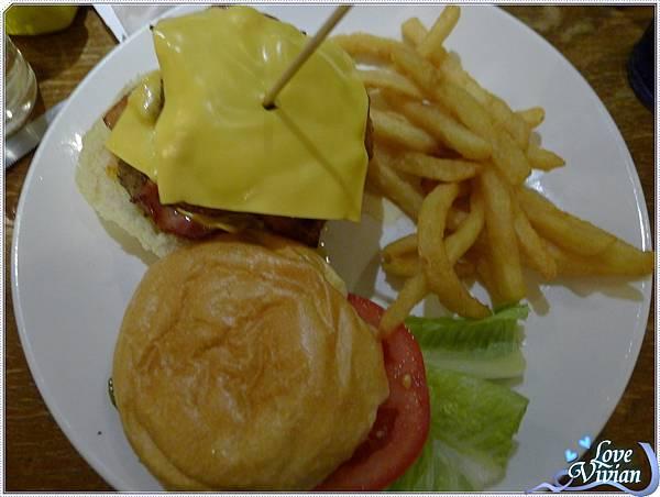 雙層牛肉培根漢堡