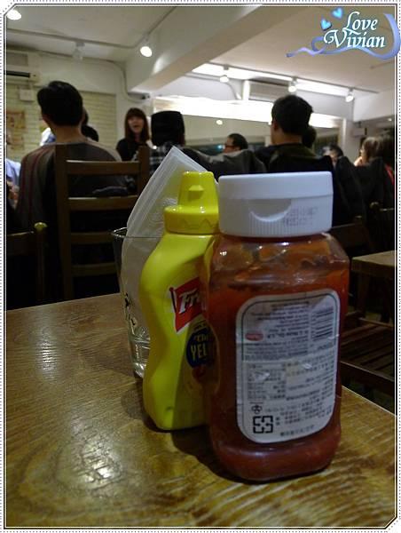 桌上基本醬料