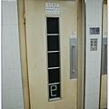 超古老的電梯