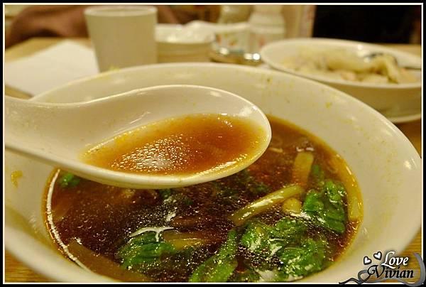 紅燒牛肉湯-湯.jpg