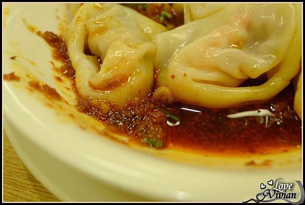 蝦肉紅油炒手-紅油.jpg