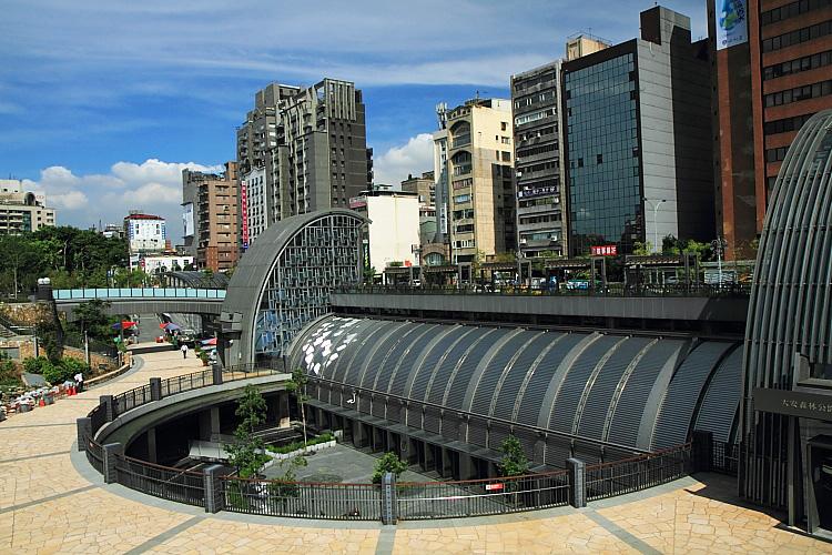 大安森林公園站2.JPG
