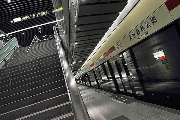 大安森林公園站20.JPG
