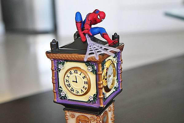 蜘蛛人在鐘樓1