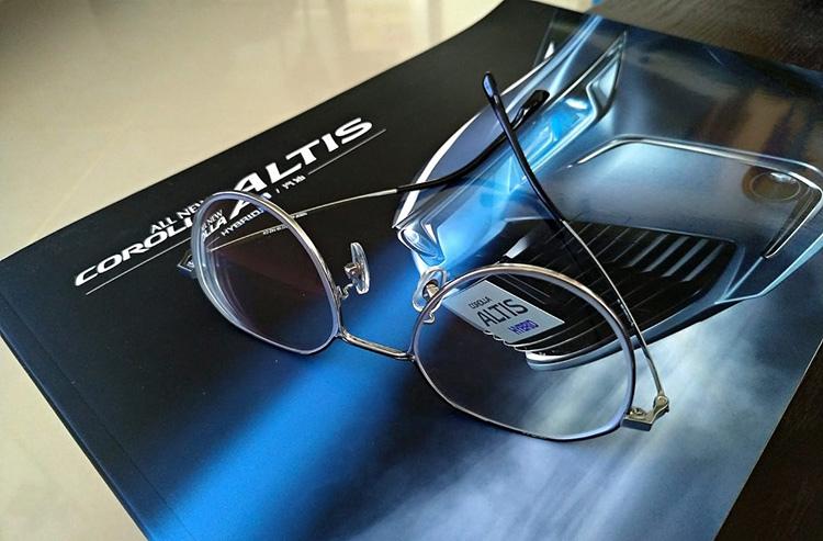 新眼鏡.jpg