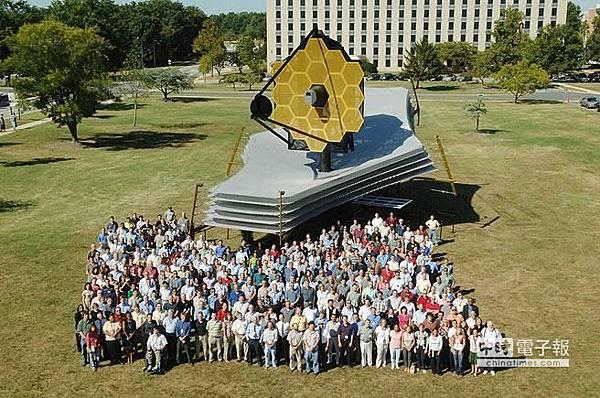 韋伯太空望遠鏡全尺寸模型
