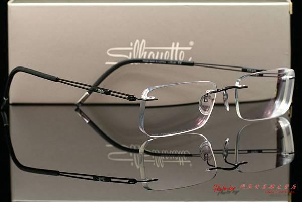 Silhouette詩樂眼鏡純鈦無螺絲設計無重量鏡架 & Silhouette詩樂專用前掛太陽眼鏡 & 蔡司ZEISS非球面鏡片