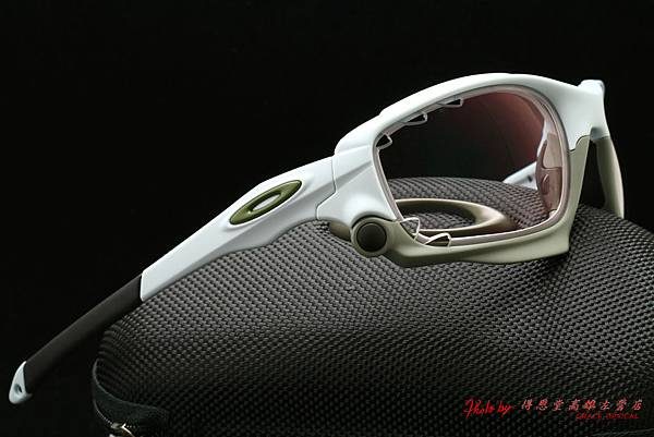OAKLEY Racing Jacket 限量版 GP75 OO9171-13(原JAWBONE) & 高階第七代全視線視無線高階運動版變色鏡片