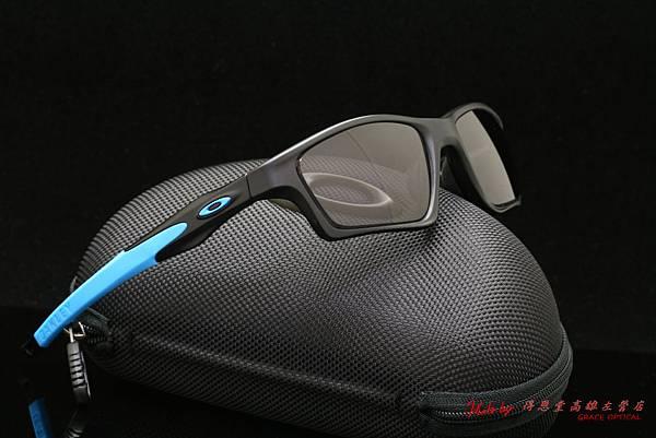 Oakley Crosslink SWEEP OX8031-01 TEAM SKY配色 & 高階近視有度數運動款太陽鏡片