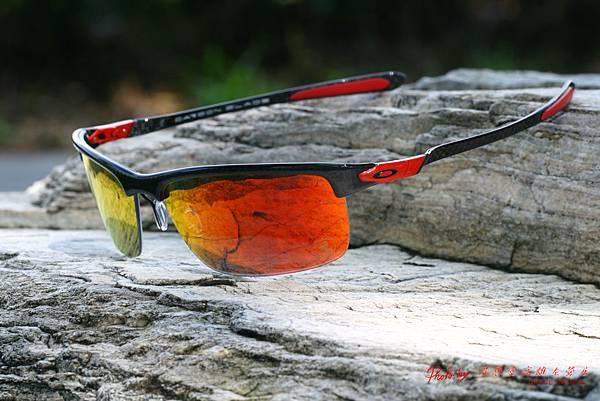 Oakley FERRARI POLARIZED CARBON BLADE OO9174-06 法拉利碳纖維系列太陽眼鏡