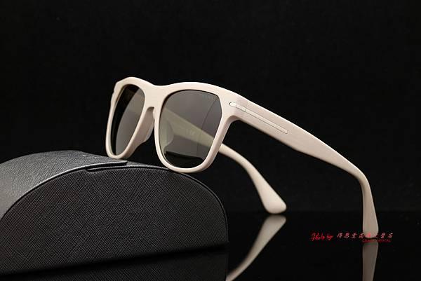 PRADA SPR 03R-F Wayfarer 旅人系列 精品太陽眼鏡