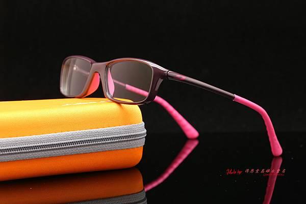 法國 Julbo HipHop 青少年系列光學眼鏡 & 法國依視路 e-Lens 第七代全視線視無線鏡片