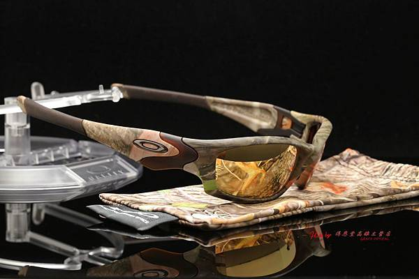 OAKLEY STRAIGHT JACKET 大地迷彩 & 高階sport偏光多焦點彩色金鍍膜運動太陽鏡片 高雄得恩堂左營店