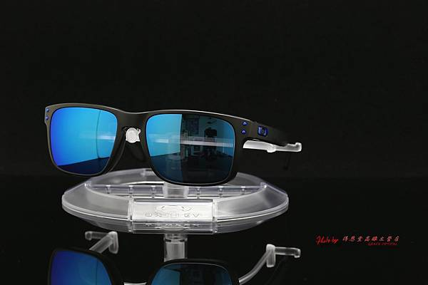 OAKLEY HOLBROOK & 高階彩色藍鍍膜近視有度數運動太陽鏡片 高雄得恩堂左營店 專業銷售店