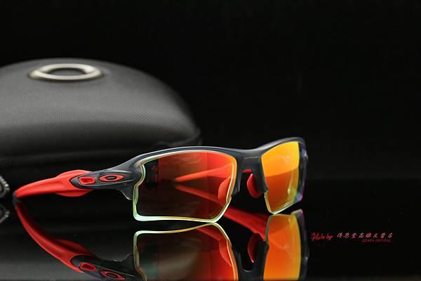 OAKLEY FLAK 2.0 XL 運動型太陽眼鏡 & 高階SPORT NXT 彩色紅鍍膜日夜變色有度數近視太陽鏡片