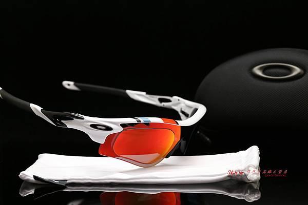 OAKLEY RADARLOCK PATH 30周年紀念版運動太陽眼鏡 & 高階SPORT偏光彩色紅鍍膜運動版度數鏡片