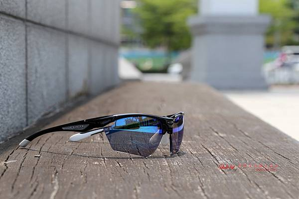 Rudy Project STRATOFLY 運動型太陽眼鏡 & 個人化SPORT極致完美變色藍鍍膜近視有度數運動鏡片 高雄得恩堂左營店