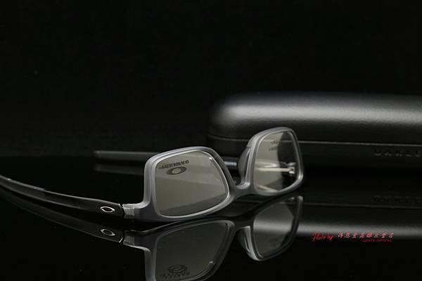 OAKLEY GAUGE 7.1 OX8112-02 光學眼鏡