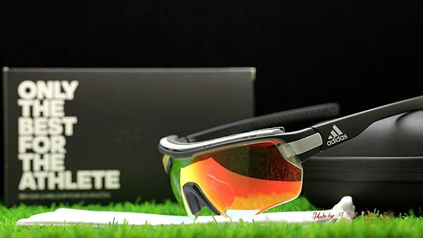 adidas eyewear Zonyk Aero PRO &『超視野』nxt日夜變色有度數運動型太陽鏡片