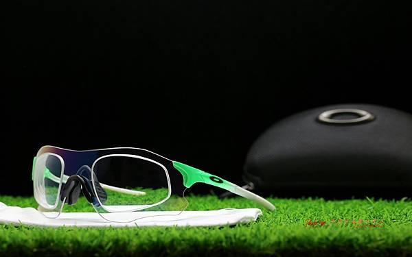 OAKLEY EVZERO PATH 運動型太陽眼鏡 & 客製化SPORT變色運動型鏡片