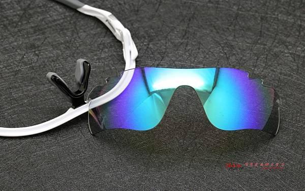 OAKLEY RADARLOCK更換彩色藍鍍膜變色鏡片製作實錄 高雄得恩堂左營店 專業銷售店