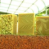 431-20130924-鵝油梔子滋養皂-合照1