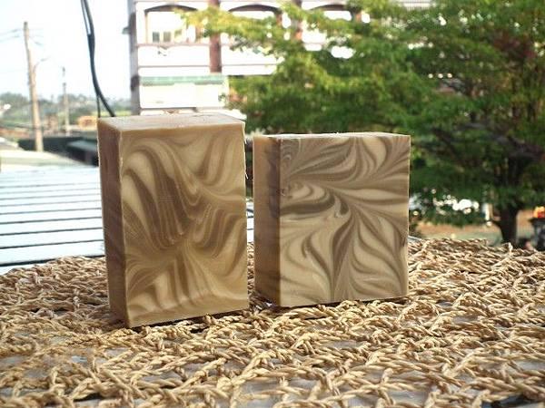 #441鵝油橄欖艾草皂