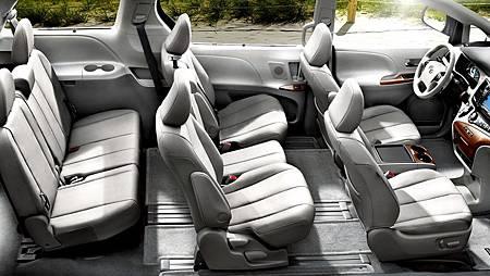 2016-toyota-sienna-interior-seat.jpg