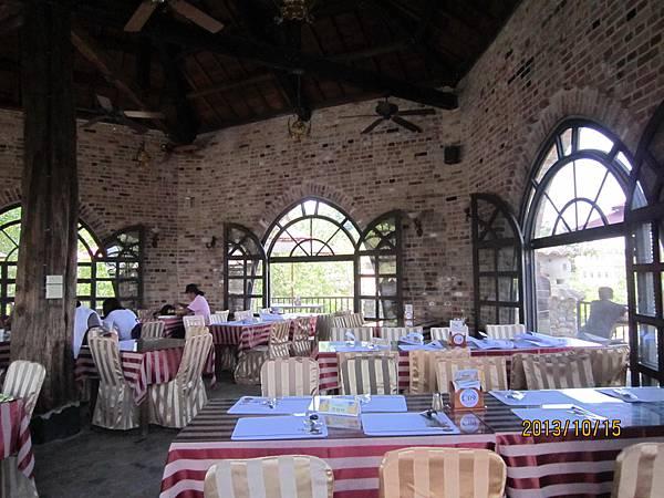 台中新社古堡莊園-六角亭餐廳