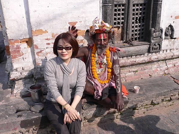 尼泊爾之旅 085-帕蘇帕提那寺外舍利塔