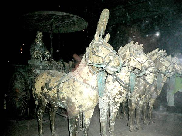 陝西省.西安市-秦始皇兵馬俑博物館(四匹銅馬和一架銅馬車)39-6.jpg