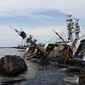 西子灣避風的漁船受重創傾斜20160915