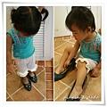 201107-穿媽媽的鞋.jpg