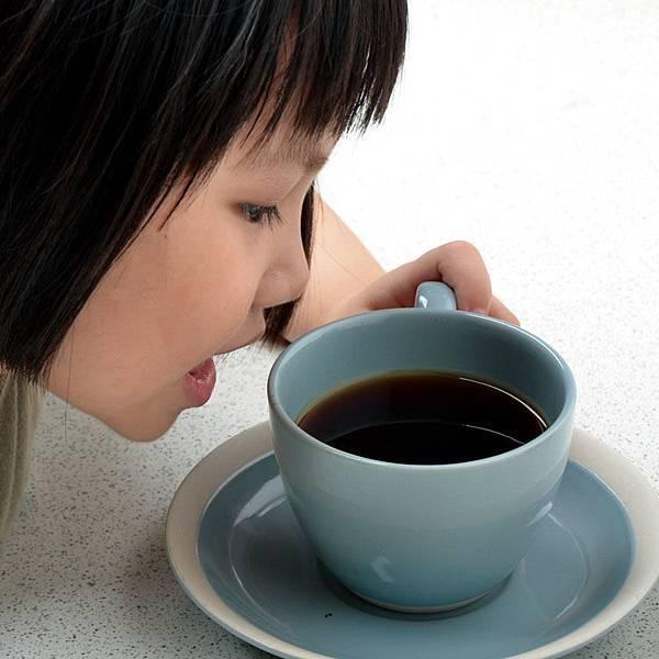 上地精品咖啡-logo-750-7.jpg