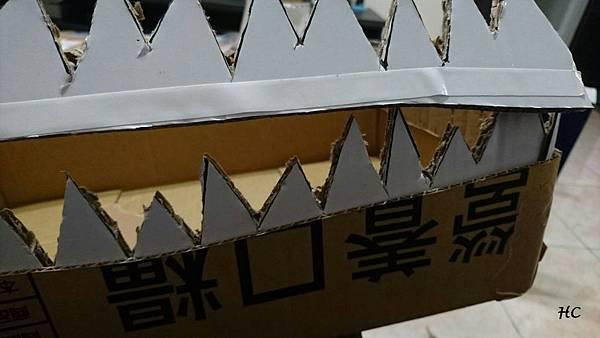 紙箱恐龍裝製作 (4).jpg