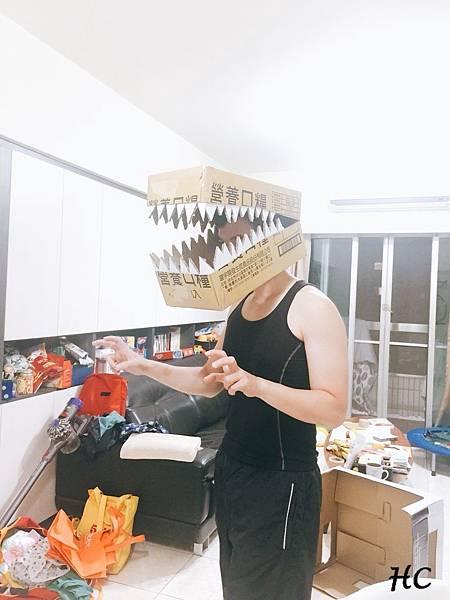 紙箱恐龍裝製作 (8).jpg