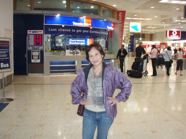 媽媽~雪梨機場
