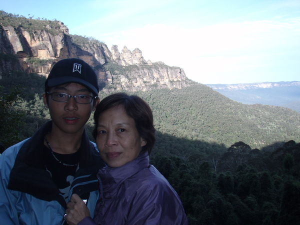 ME&媽媽~三姐妹岩