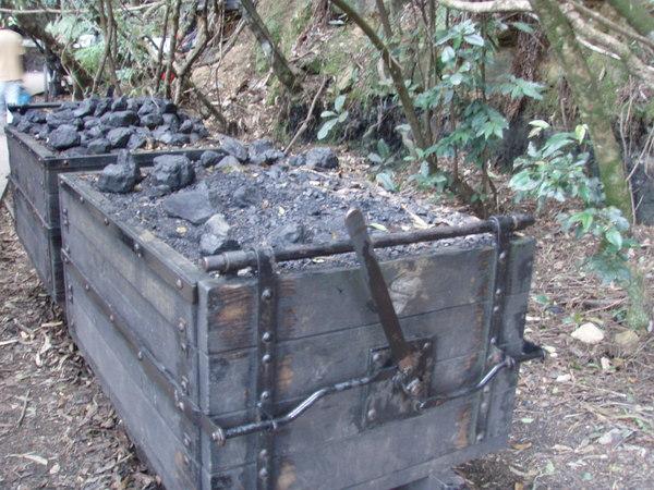 運煤的礦車