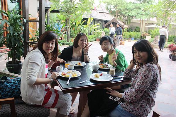 Cambodia trip 20110317 (6).JPG
