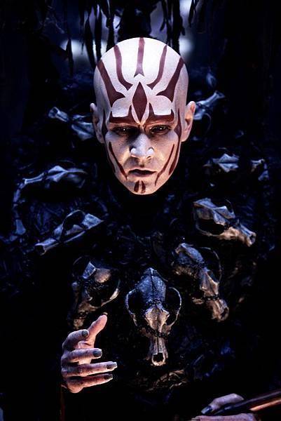 《轉生術》劇照_20120417_巫師特效妝每日需花費七小時製作