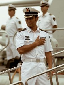 邵兵於《非誠勿擾2》飾演海軍上尉.jpg