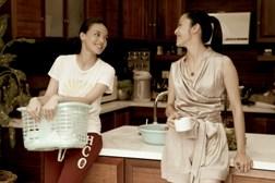 舒淇巧扮最美麗的洗衣婦
