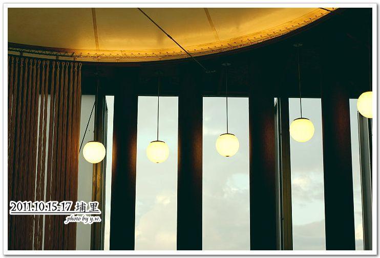 20111015-17埔里行_紙教堂.jpg