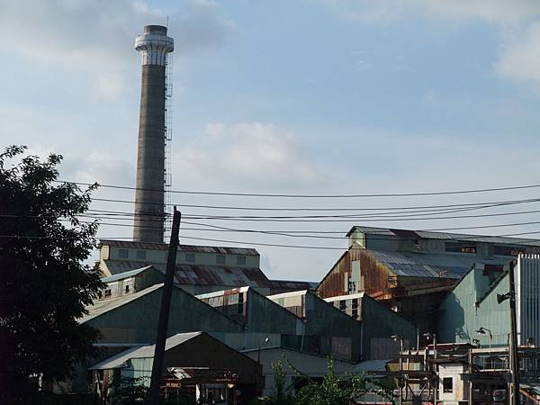 巨大的工廠