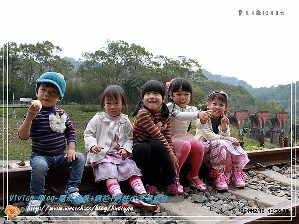 4Y10M-苗栗月眉之旅-1IMG_440501.jpg