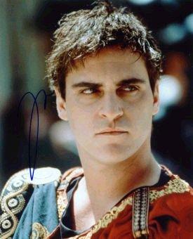 Joaquin  Phoenix (12).jpg