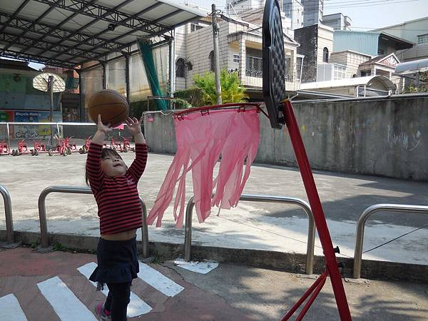 我會玩籃球 (7).JPG