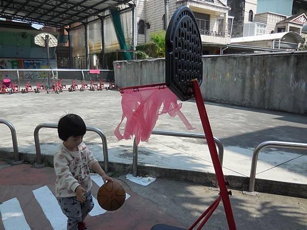 我會玩籃球 (12).JPG